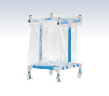 透明ゴミ袋を引っ掛けて取り付けます